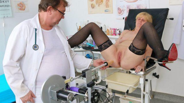 Czech grandmother fucking machine in gyno exam